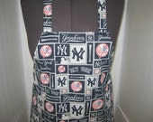 New York Yankees Baseball Team Adult Apron