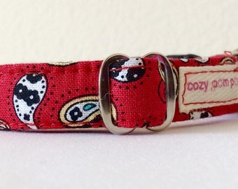 Red Paisley Stripes - Eco Cat Collar