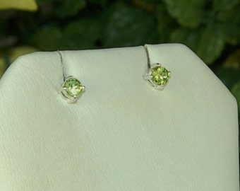 Peridot Earrings, Bright Apple Green, Sterling Silver, August Birthstone, Natural Peridot, Green Peridot, Peridot Studs, Lime Green Gemstone