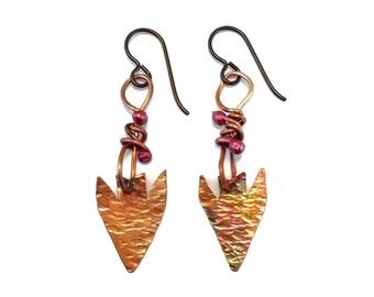 Hammered copper earrings artisan arrowhead earrings - hypoallergenic rustic earrings one of a kind