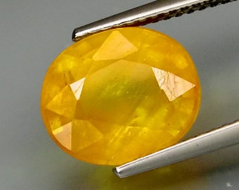 Large Opaline Yellow Sapphire Faceted Oval, 11 x 9 MM, 6.50 Carat, Looks Like Yellow Opal