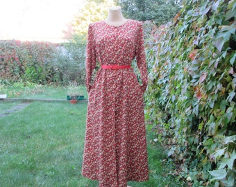 Long Cotton Dress Vintage / Buttoned / EUR44 / UK16 / Pockets / Adjustable Straps on Back