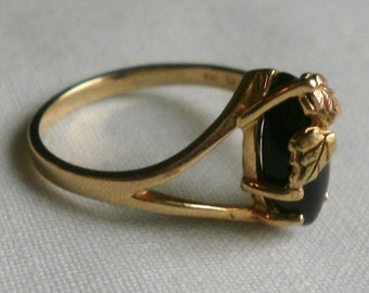 10 K Yellow Gold Ring-Size 6 7/8