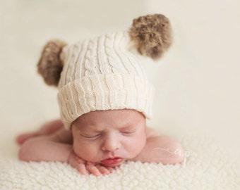 Newborn Pompom Hat. Baby Hats. Newborn Baby Pompom Hat. Babies Fur Bobble Hat. Fur Pompom Hat. Hats. Newborn Photography Prop. UK Seller
