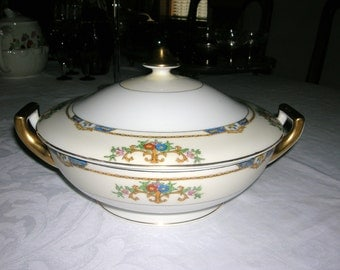 Vintage Meito Porcelain China Round Covered Vegetable Bowl Warren Pattern Circa 1920-30's