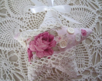 Rose Pink and White Shabby Star