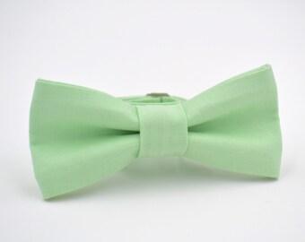 Boys Bow Tie, Mint Green Bow Tie, Ring Bearer Bow Tie, Bow Tie for Boys, Wedding Bow Tie, Bow Tie Boys