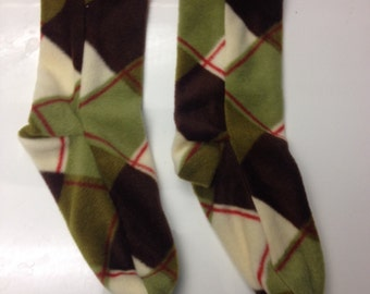 Ladies Small Fleece Socks in Green and Brown Plaid