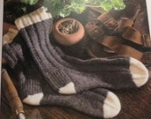 Knitters gift socks FOLK socks nancy bush yarn crafts UK brand new unused book