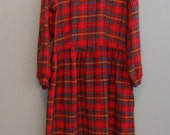 SALE Vintage Grunge Flannel Long sleeve Midi Dress / Red Plaid cotton Flannel Dress / Size Large