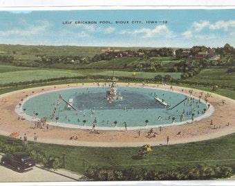 """Iowa, Vintage Postcard,  """"Leif Erickson Pool, Sioux City, Iowa,""""  1940s, #719"""