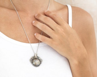Ooak old coin pendant with the 10 Sheqel coin of Israel-handmade and sterling silver