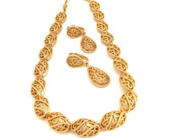 Crown Trifari Gold Filigree Necklace and Earrings