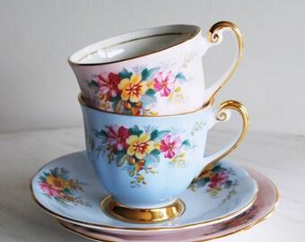 Vintage Teacup and Saucer Pair / Windsor Tea Cups / Shabby Chic Teacups