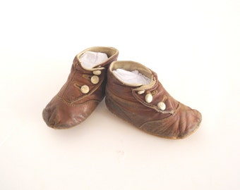 Vintage Baby Shoes, 1900's Victorian Brown Leather Baby Boy Shoes, Vintage Baby Shoes, Brown Leather Baby Shoes, Button Baby Shoes, Size 4