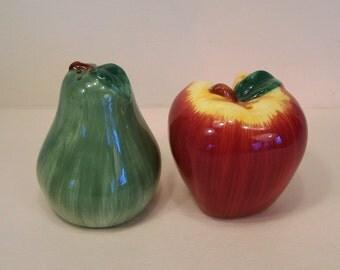 Salt Pepper Fruit Apple Pear Salt Pepper Shakers Ceramic Country Farm