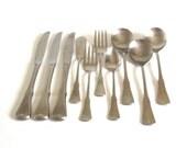 Oneida Patrick Henry Stainless Flatware Round Soup Spoons, Salad Forks, Dinner Knives, Grapefruit Spoon, Master Butter Spreader