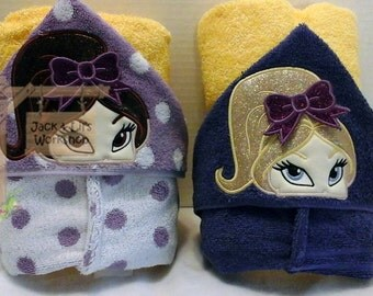 Fangirl Hooded Towels with 3-D Bow - Geaux Tigers!