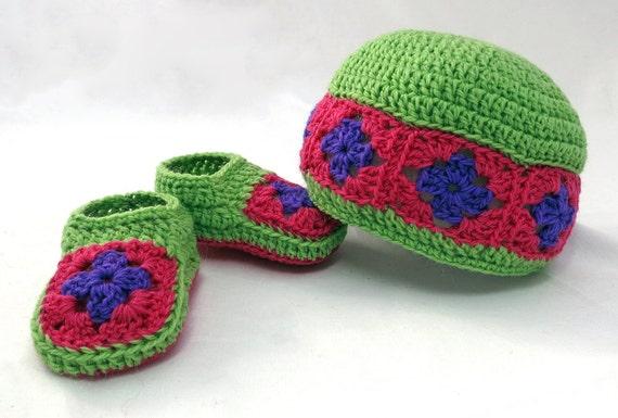Crochet Granny Square Beanie Pattern : Crochet Pattern Granny Square Baby Booties and Beanie Gift