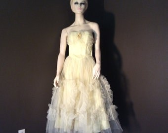 Vintage Strapless Yellow Fifties Tulle Prom Bridesmaid Party Dress, Vintage 1950's Tulle Dress, Vintage Princess Dress, Vintage Wedding