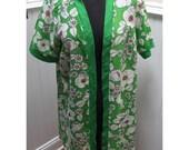 Vintage 1960s Floral Green & White Robe