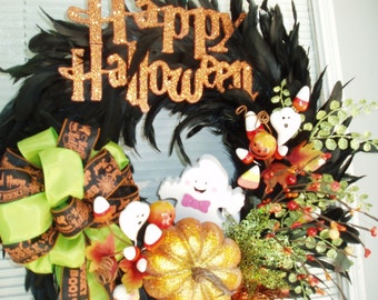 BLACK FEATHERED WREATH, Cute Ghost Wreath