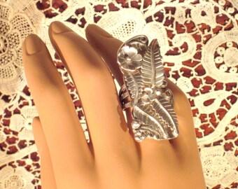 Vintage Huge Ladies Native American Sterling Ring 5.5