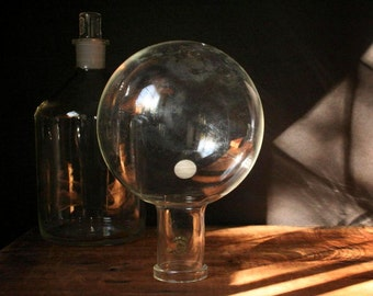 Pyrex globe flask, 2000 ml round bottom bottle, Laboratory glass, Pyrex lab glass, science glass