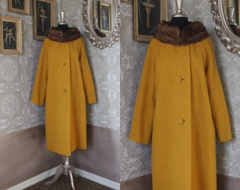 Vintage 1960's Yellow Wool Winter Coat with Muskrat Collar Large