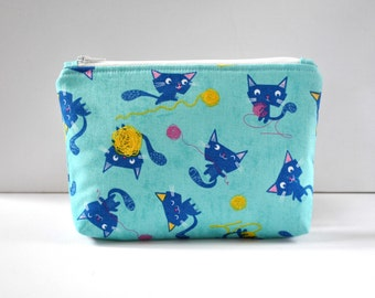Woman's padded travel make up bag cosmetics pouch yarn ball playing pussycat cat novelty animal print in blue and yellow in large.