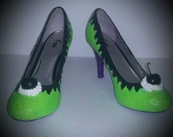 Halloween cupcake inspired green heels/Halloween Costume/Green Heels/shoes/Holiday Shoes/Halloween Shoes/cupcake shoes