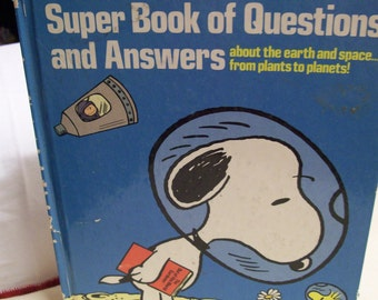 Charlie Brown's Questions and Answers Book Second Super Book Circa 1977 Hard Cover