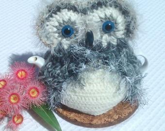 Owl teapot cozy for small to medium pot light & mid grey
