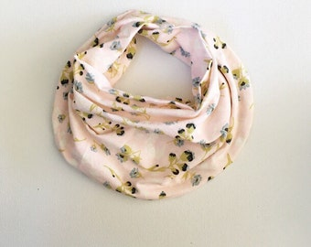 Baby scarf / baby girl drooler scarf / toddler scarf / drooler bib / drooler scarf  / girl baby scarf / guguberry / Mustard