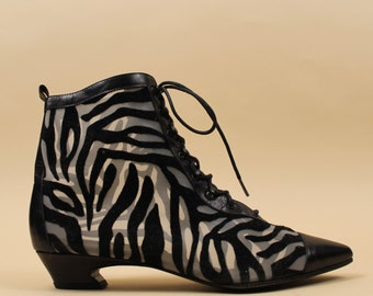 80s Vtg Iconic Peter Fox ZEBRA Stripe Flocked Velvet MESH Lace Up Pointy Ankle Boot /Granny Witch Leather Sole Garage Punk Mod  8 Eu 38 38.5