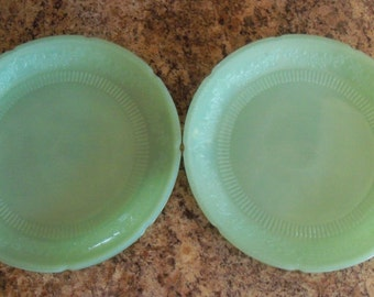 Set of 2 Vintage Fire King Jadite/Jadeite Alice Pattern Dinner Plates