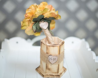 Burlap Guest book pen with vase select flower showing yellow flower peony pen