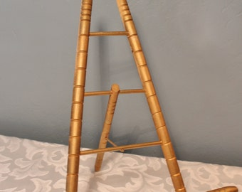 Turned Wood Easel Gold Tone Finish