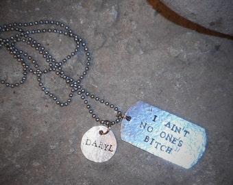 """The Walking Dead DARYL Dixon Quote """"I ain't no ones bitch"""" Hand Stamped Dog Tag Penny Necklace"""