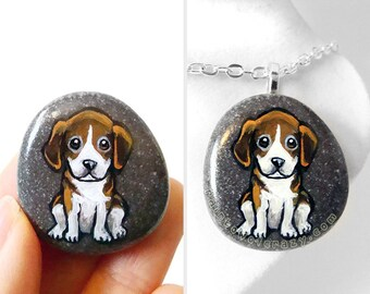 Beagle Necklace, Pet Portrait Stone, Dog Jewelry, Animal Lover, Gift for Dog Owners, Hand Painted Rock, Art Pendant