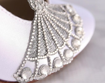 Wedding Shoes, White Bridal Heels, Closed Toe Wedding Shoes, Vintage Wedding Shoes, Roaring 20s Wedding, Silver Crystal Wedding Heels