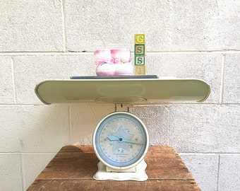 BABY SCALE | Vintage c.1930's Nursery Scale | Painted Metal Infant Scale with Tray | Vintage Baby Photography Prop | Gender Neutral Color