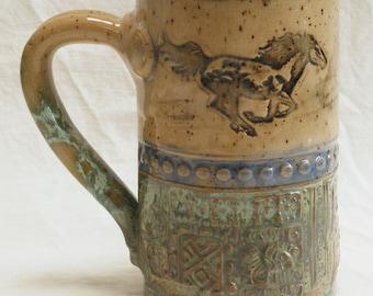 galloping horse ceramic coffee mug 16oz stoneware 16A080