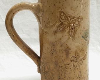 Stoneware 20oz ceramic butterfly mug 20B094