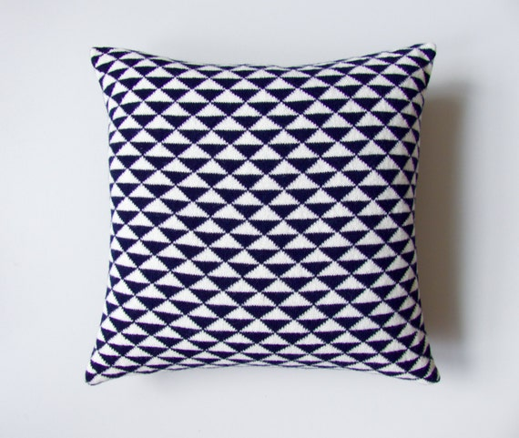 SALE 50% OFF Geometric Cushion Cover Navy Knit Cream Knit
