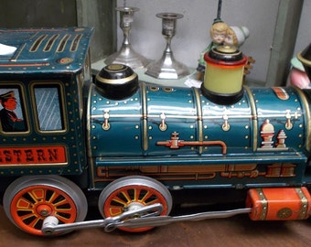 Vintage 1960's TIN LITHOGRAPHED Toy TRAIN- Battery Operated- Nice Condition