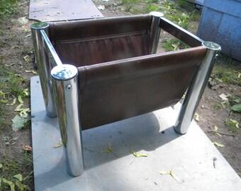 nice shape vintage mid century tubular CHROME MAGAZINE NEWSPAPER holder rack