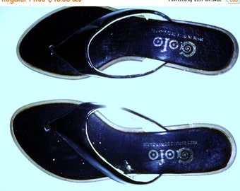 BIG CLEARANCE SALE 60s Vintage Black Patent Leather Flip Flops-thong Sandals-Size 7N-Cruise Beach Resort Hipster Mod Preppy Waldorf-Italy