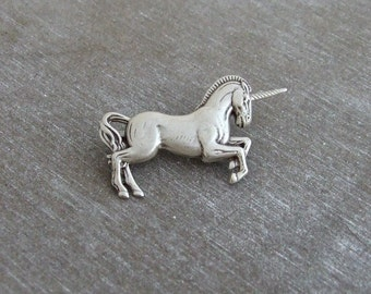 Unicorn Brooch .. small brooch, silver brooch, mythical, horse brooch, fantasy, unicorn pin