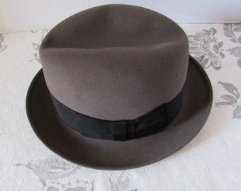 Vintage 60's Dobbs Fedora Felt Fur Grosgrain ribbon retro high fashion New York Haberdashery